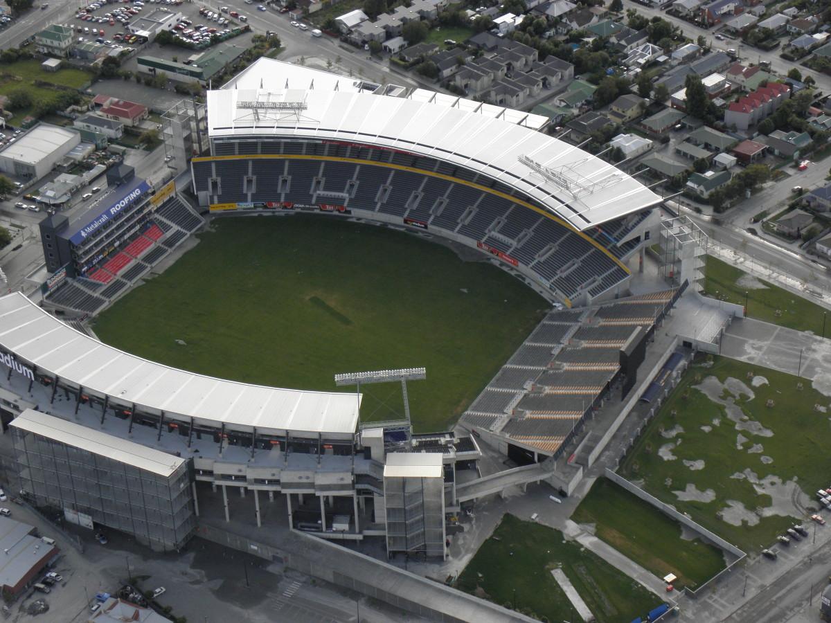 Damaged AMI Stadium. 11 March 2011. CC BY-NC-SA 4.0. CL-MuKe-P3110197